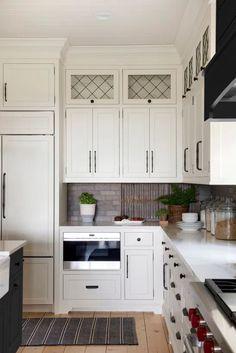 White Kitchen Cabinets Design for Homestead Farm White Kitchen Cabinets, Kitchen Cabinet Design, Kitchen Cabinetry, Kitchen Countertops, Modern Farmhouse Kitchens, Black Kitchens, Home Kitchens, White Farmhouse, Homestead Farm