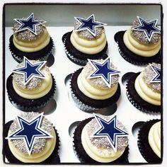 dallas cowboys cupcakes | Dallas cowboy star cupcakes - a photo on Flickriver