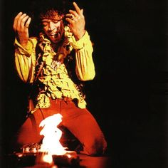 jimi+hendrix+pictures+guitar+on+fire | Artifacts of Icons: 10 Cultural Trademarks of Hollywood's Greatest ...