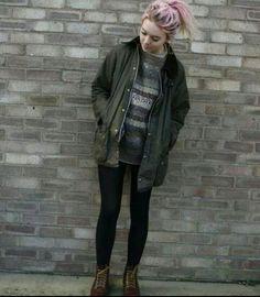 Grunge girl http://spotpopfashion.com/wwf9
