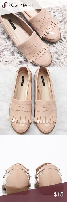Forever 21 Light Pink Patent Loafer NWOT!Cute cute cute and SHINY! These are obvious conversation starters and yummy eye candy! These have never been worn. They've only been tried on. Happy Poshing ladies!   Same/Next Day Shipping  Odor Free  Pet Free  PayPal/Trade! Forever 21 Shoes Flats & Loafers