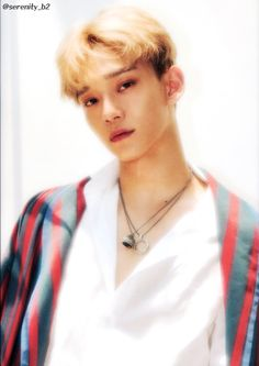Image discovered by Cathy Phan. Find images and videos about kpop, exo and Chen on We Heart It - the app to get lost in what you love. Chanyeol, Exo Kokobop, Exo Chen, Exo Korean, Korean Boy, Kai, Exo 2017, Exo Album, Sing For You