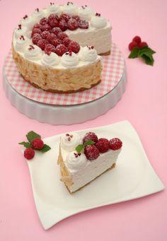 Miért sütögetnél a forró kánikulában? Készítsd el ezt a sütés nélküli tortát laza csuklóval! Igazi hűsítő desszert, ráadásul kím�... Fitt, Sugar Free, Cheesecake, Paleo, Sweets, Desserts, Recipes, Tailgate Desserts, Deserts