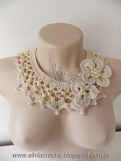 colar, colar de crochê, perolas, colar de perolas, moda feminina, flor de croche, flor em croche, acessorio, acessorio feminino,
