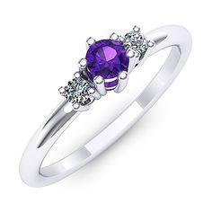 Inel de logodna cu un ametist rotund si doua diamante