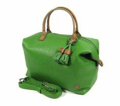 012d1c8276d Berba Damestas Chamonix groen Berba is een bekend Nederlands lederwaren  merk en maakt bijzonder mooie damestassen