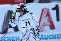 ¡Enhorabuena Carolina Ruiz Castillo, séptima del descenso de la Copa del Mundo de esquí alpino en Altenmarkt / Zauchensee (Austria)! Chen, Mary Kay, Valencia, Austria, Motorcycle Jacket, Events, Winter, Sports, People