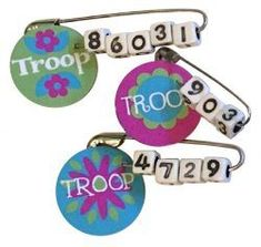 MakingFriends Troop Number SWAP Kit The perfect SWAP for every troop. No scissors or glue needed! Kit makes 30 SWAPs. Girl Scout Law, Scout Mom, Girl Scout Leader, Daisy Girl Scouts, Boy Scouts, Girl Scout Daisy Activities, Girl Scout Crafts, Brownie Girl Scouts, Girl Scout Cookies