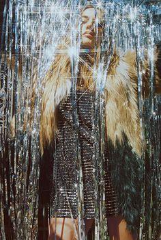 Retouching by Kassie Jackson for design photo Kassie Jackson Glitter Force, Glitter Make Up, Silver Glitter, Fashion Shoot, Editorial Fashion, Moda Disco, Yuri, Glitter Wallpaper Iphone, Studio 54