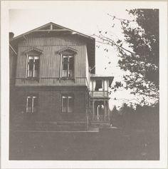 Spala 1912: Vista lateral da casa.