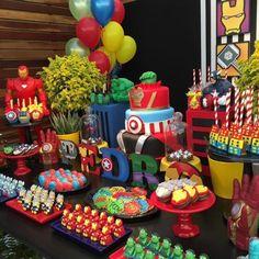Avengers party bag ideas birthday invitations best images on of Avengers Birthday, Superhero Birthday Party, 4th Birthday Parties, Birthday Party Decorations, Avengers Party Decorations, Birthday Fun, Marvel Baby Shower, Superhero Baby Shower, Avenger Cake