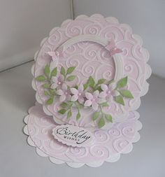 Suelesley's Craft Room: Scalloped circle easel card