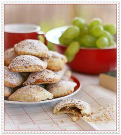 settembrini con frutta autunnale (mela, uva, fichi)