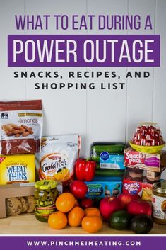 Preparing for a hurricane or snow storm? Make sure you have enough food for a power outage. But what should be on your grocery list? Check out these hurricane snacks and hurricane food ideas to make sure you're ready! Not only snacks but recipes for no-co Best Survival Food, Emergency Preparedness Food, Emergency Food Supply, Hurricane Preparedness, Survival Tips, Survival Skills, Hurricane Punch Recipe, Hurricane Cocktail Recipe, Foods To Eat