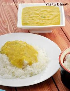 Varan Bhaat is a famousdish of steaming hot rice topped with ghee and lentil curry. The toovar dal is prepared in a simple and homely manner that will appeal to everybody.