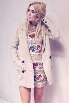 Vanessa Kirby @ InStyle, UK, October 2012 - Vanessa Kirby Photo (34287182) - Fanpop Vanessa Kirby, Celebrity Portraits, Celebrities, Jackets, Personality, October, Iphone Cases, Girls, Style