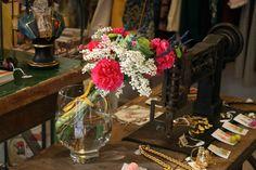 The rose conceptio en Les Jardins ⚘ Coronas, tocados y ramos con flores naturales preservadas · El amor a las flores
