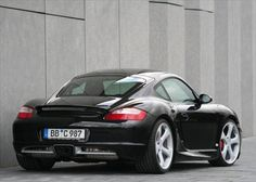 Love the stance on this Porsche Cayman S.