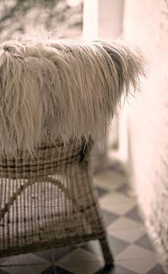 On Days Like These... - Lebenslustiger.com EN Sheep skin decoration - Schaffell Dekoration