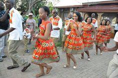 Botswana wedding African Bridesmaid Dresses, African Wedding Attire, African Weddings, African Wear, African Outfits, African Print Fashion, African Prints, Ceremony Dresses, African Traditional Dresses