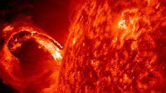 Nasa Fotografa Ufo Gigantesco che assorbe energia solare
