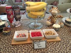 Banana split bar at jungle baby shower. Dog Recipes, Baby Food Recipes, Food Baby, Baby Shower Themes, Baby Boy Shower, Baby Showers, Shower Ideas, Healthy Dog Treats, Healthy Snacks For Kids