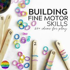 Simple Hands-On Activities That Help Build Fine Motor Skills - with fine motor skills going missing at preschool, try some of these hands-on invitations to help strengthen fine motor skills! Use these ideas in your preschool classroom! Motor Skills Activities, Preschool Learning Activities, Gross Motor Skills, Hands On Activities, Preschool Crafts, Preschool Classroom, Numbers Preschool, Fine Motor Activities For Kids, Fine Motor Activity