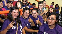 Con este tercer pago se dará por concluido el primer ciclo de entregas de becas por parte del Gobierno de Michoacán, en la que casi 34 mil estudiantes fueron beneficiados, ...