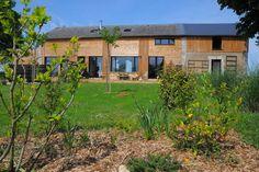 Regardez ce logement incroyable sur Airbnb : Les Catalpas gîte pour 10 pers - Maisons à louer à Angles-sur-l'Anglin
