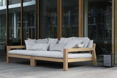 Piet Boon Styling by Karin Meyn Styling:LARS outdoor serie. Outdoor Daybed, Outdoor Lounge, Outdoor Seating, Outdoor Spaces, Outdoor Decor, Outdoor Sofas, Teak Furniture, Garden Furniture, Furniture Design