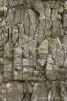 rock-face-detail-sand-point-beach-england-uk-205506.jpg (299×450)