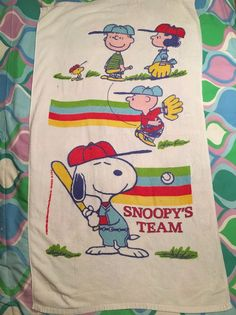 Made by Franco, measures Inventory Studio Closet. Peanuts Gang, Cool Cartoons, Vintage Love, Beach Towel, Charlie Brown, Vintage Antiques, Thrifting, Baseball, Linens