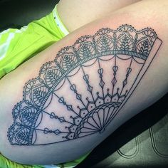 Pin for Later: The Tattoo Every Fashion-Lover Should Consider Fanned Out Fan Tattoo, Sternum Tattoo, Tattoo You, Armpit Tattoo, Leg Tattoos, Tatoos, Victorian Tattoo, Cherub Tattoo, Fan Out