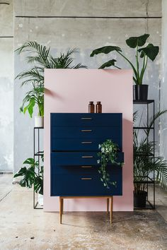 Pink wall with dark blue dresser. Home Decor Inspiration home decor, home inspir. - Pink wall with dark blue dresser. Home Decor Inspiration home decor, home inspiration, furniture, l - Blue Chest Of Drawers, Blue Dresser, White Dressers, Painted Dressers, Wood Dresser, Lounge Decor, Decoration Bedroom, Home Decor Bedroom, Bedroom Furniture