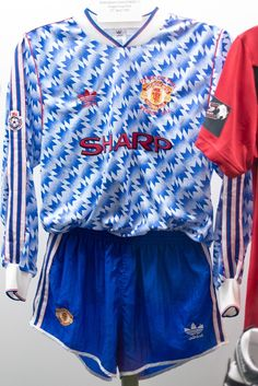 Lee Sharpe's League Cup final shirt, 1992. Designed by the club's current official kit supplier adidas, this iconic jersey was worn for @manutd's first League Cup final victory in April 1992.