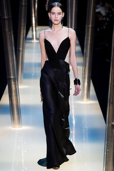 Armani Privé Spring 2015 Couture Fashion Show Collection: See the complete Armani Privé Spring 2015 Couture collection. Look 52
