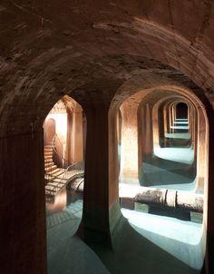 Montsouris, superbe réservoir d'eau des Parisiens