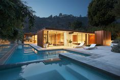 A Sunset Plaza home located in Los Angeles and designed by architect Raymond Kappe in 1957. Description from pinterest.com. I searched for this on bing.com/images