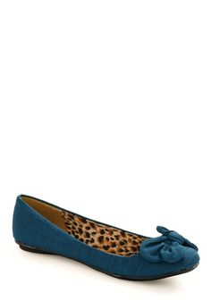Ballet flats with patterned lining.