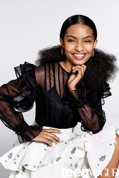 "Teenage talent and star of the hit ABC sitcom Black-ish Yara Shadi recently shot with Teen Vogue. The star served up 5 fierce looks for the spread and gushed about her love for her natural hair: ""T… Teen Hairstyles, Black Girls Hairstyles, School Hairstyles, Braided Hairstyles, Haircuts, Wedding Hairstyles, Teen Vogue, Curly Hair Styles, Natural Hair Styles"