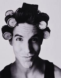 Anthony Kiedis. Love a man in... Rollers?