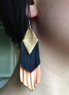 Diamond Studs /Halo Earrings / Diamond Stud Halo Earrings in Gold/ Cushion Cut Shape Diamond Stud Earrings/ Graduation Gift - Fine Jewelry Ideas Diy Leather Earrings, Diy Earrings, Leather Jewelry, Earrings Handmade, Handmade Jewelry, Crystal Earrings, Beaded Jewelry, Emerald Earrings, Fringe Earrings