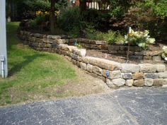 We are proud to be the authorized salvagers of Berea sandstone blocks from the grounds of the historic Baldwin Reservoir in Cleveland, OH. Quarried in Ohio, fine-grained Berea sandstone has been popular with builders and landscapers for more than 100 years. These blocks are ideal for garden walls, retaining walls and many other garden hardscape projects.
