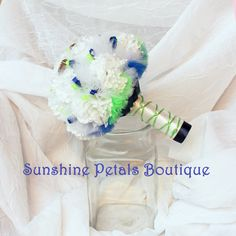 Handmade Seattle Seahawks 12th Man Beast Mode NFL Football team inspired bridal bouquet by Sunshine Petals Boutique! Other teams available include Ravens, Bills, Bengals, Browns, Broncos, Texans, Colts, Jaguars, Chiefs, Dolphins, Patriots, Jets, Raiders, Steelers, Chargers, Titans, Cardinals, Falcons, Panthers, Bears, Cowboys, Lions, Packers, Vikings, Saints,Giants, Eagles,Rams,49ers, Seahawks, Buccaneers,Redskins. Sunshine Petals Boutique. Owner, Rhonda Newton - 208.262.6148