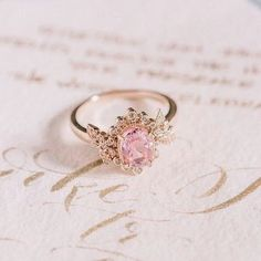 Super Jewerly Aesthetic Royal Ideas - Super Jewerly Aesthetic Royal Ideas Source by stardustic - Cute Jewelry, Bridal Jewelry, Jewelry Accessories, Disney Mode, Aphrodite Aesthetic, Claire Pettibone, Girly, Gold Aesthetic, Princess Aesthetic