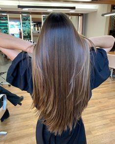 Brown Hair Balayage, Brown Blonde Hair, Balayage Straight Hair, Long Hair Highlights, Ginger Hair Growth, Long Brunette Hair, Haircuts Straight Hair, Hair Shades, Dyed Hair