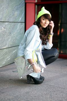 e-marilyn.pl: Neon beanie i lateksowe legginsy po raz 2