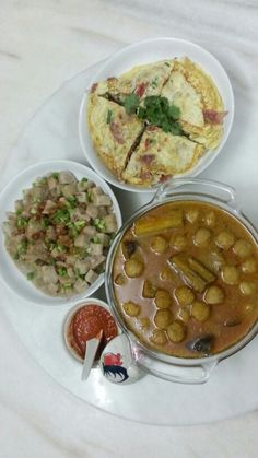 Dinner : yam wt dried prawns, curry masak lada wt pork and lap cheung omelette