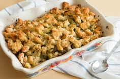 This make ahead herb stuffing is the perfect addition to your Thanksgiving table. Make it the day before to save time on your big Turkey prep day! Classic Thanksgiving Menu, Traditional Thanksgiving Menu, Thanksgiving Stuffing, Thanksgiving Side Dishes, Thanksgiving Recipes, Christmas Recipes, Fall Recipes, Holiday Recipes, Italian Thanksgiving