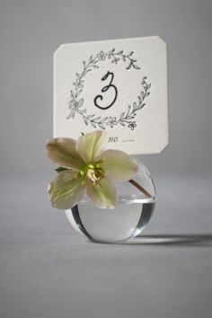 Flowers and a placecard holder - love it!